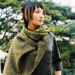 Juree scarf khaki 1